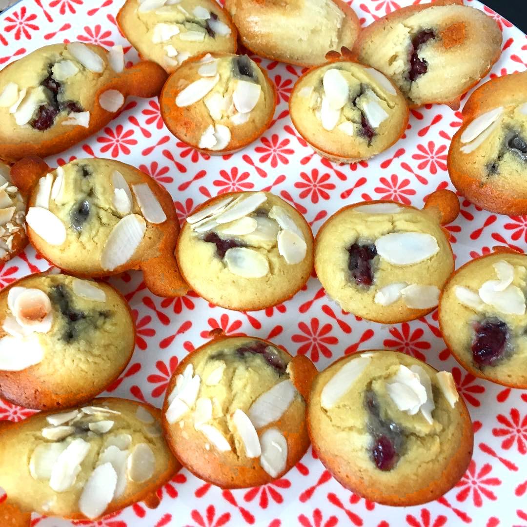 muffins à la farine de riz aux fruits rouges sans gluten sans lait