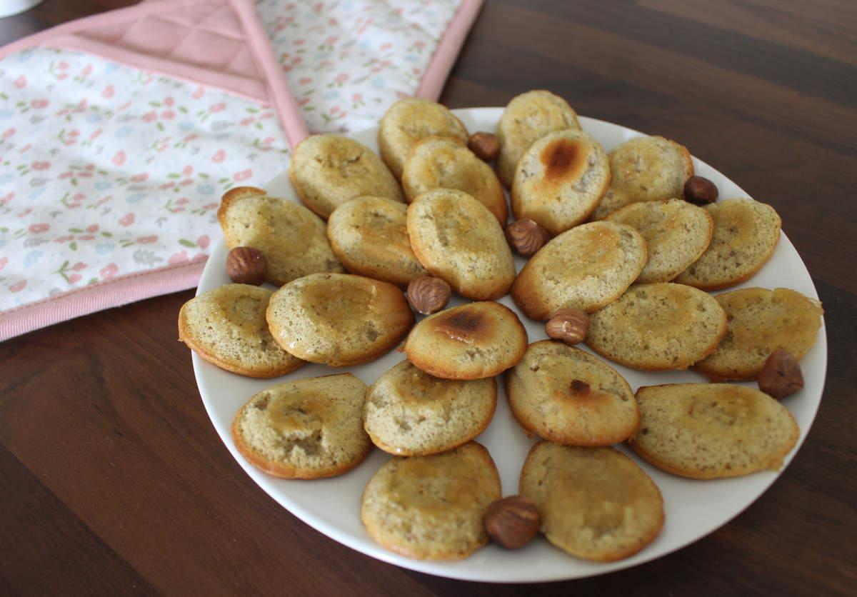 madeleines à la poudre de noisette