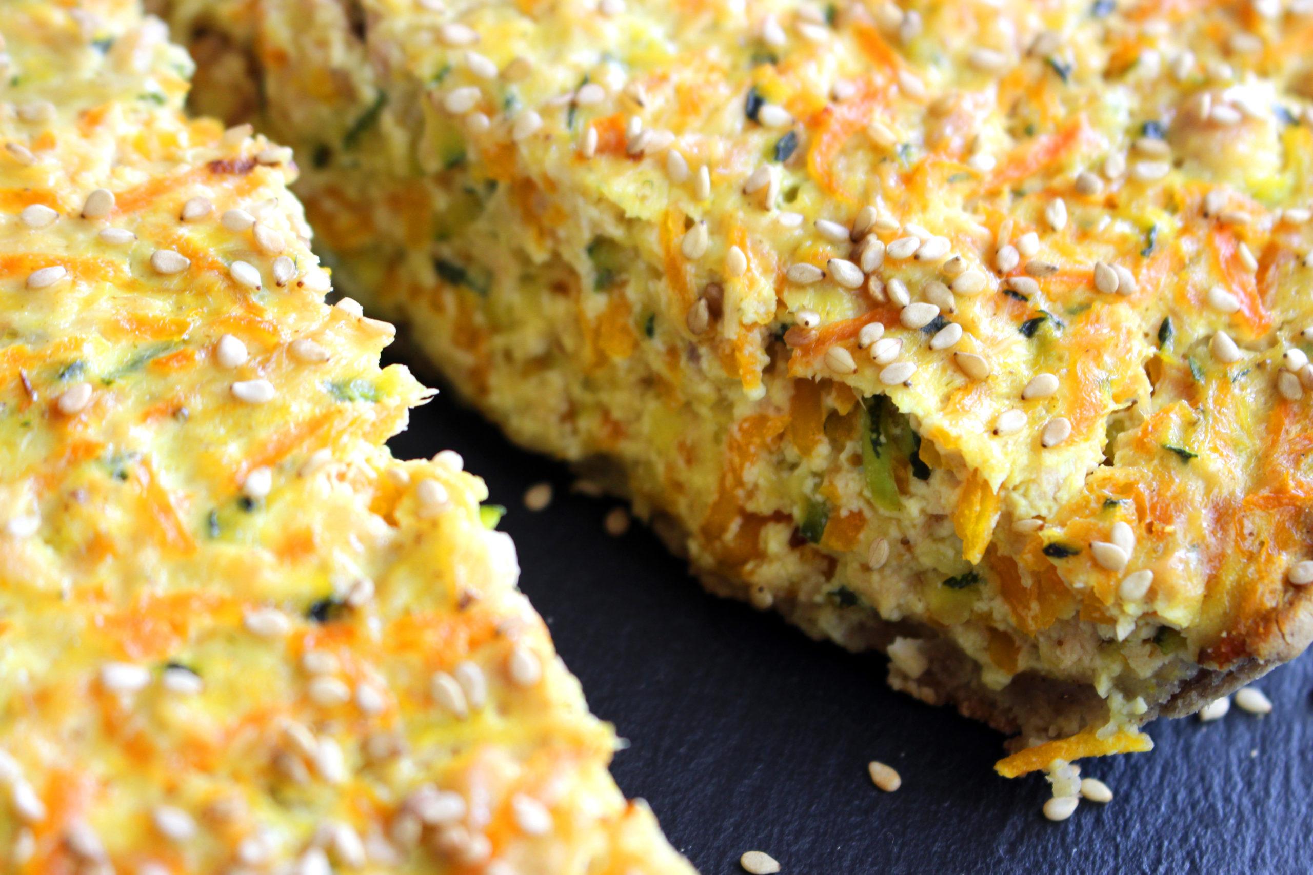 tarte aux légumes et au tofu soyeux végan et sans gluten
